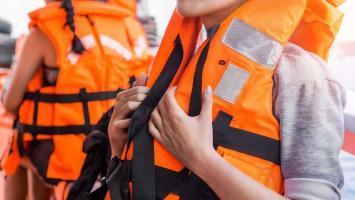 Schwimmweste orange - Sicherheit